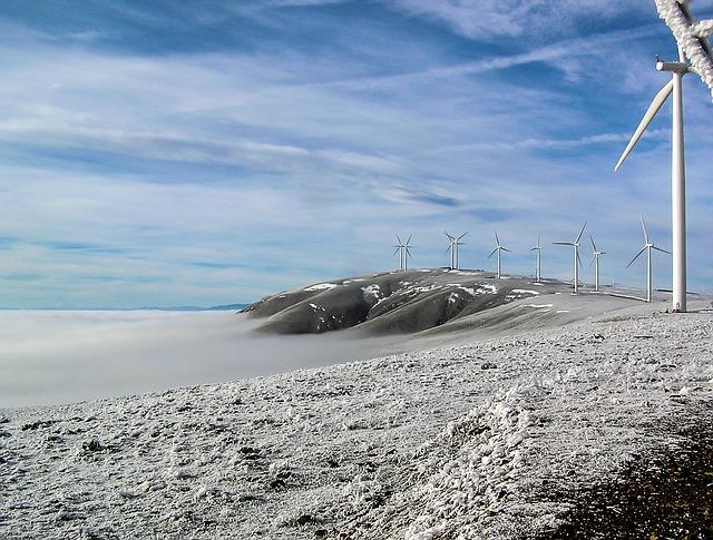 wind-farm-1286598_640